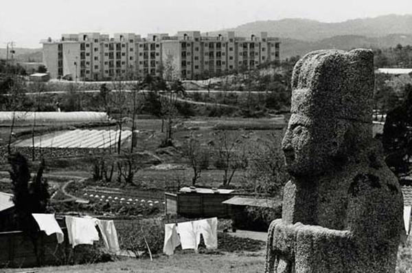 Lost Landscape - Seoul 1960 - Kim Kichan